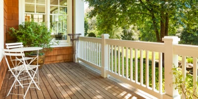 decking and outdoor living 3 400x200 72dpi